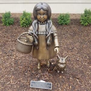 Wizard of Oz holland Michigan Dorothy Toto
