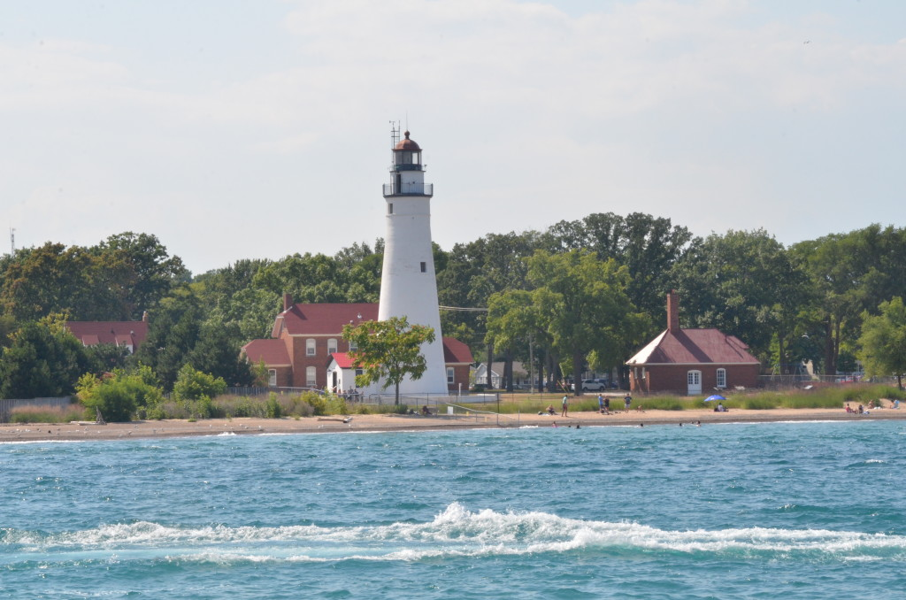 Huron Lady Cruises Fort Gratiot Oldest Michigan Lighthouse
