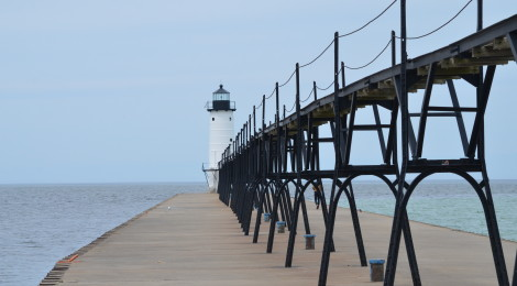 Manistee North Pierhead Lighthouse, Lake Michigan