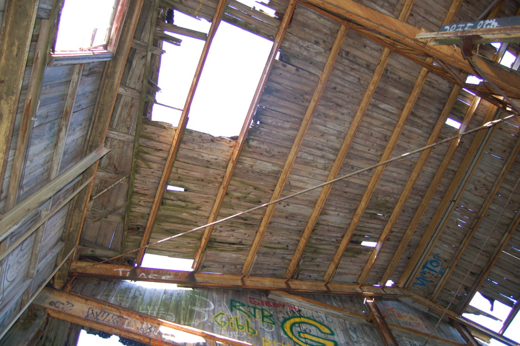 Quincy Dredge Kayak Trip Roof Deterioration