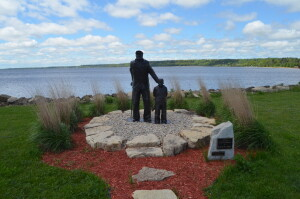 Gladstone Michigan Van Cleve Park Fisherman Statue