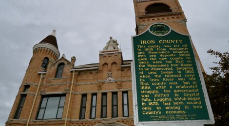Michigan Roadside Attractions: Iron County Courthouse in Crystal Falls