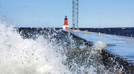 Menominee North Pier Lighthouse, Lake Michigan