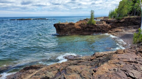 10 Things To See and Do at Presque Isle Park in Marquette