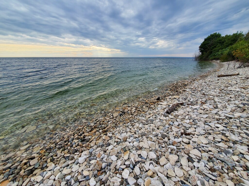 Rocky beach at Fayette Historic State Park, August