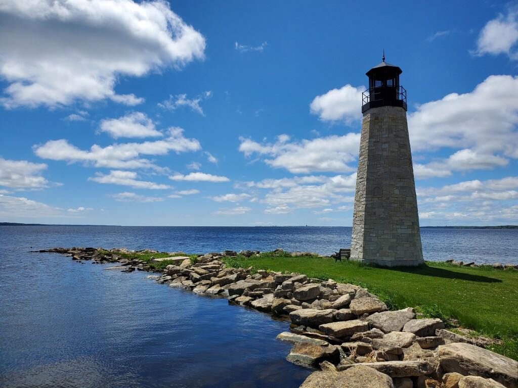 Gladstone Lighthouse, June