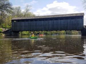 Flat River kayak Fallasburg Covered Bridge