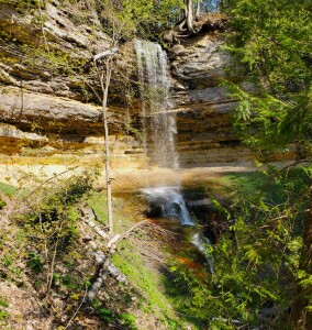 Pictured Rocks First Timers Guide Munising Falls