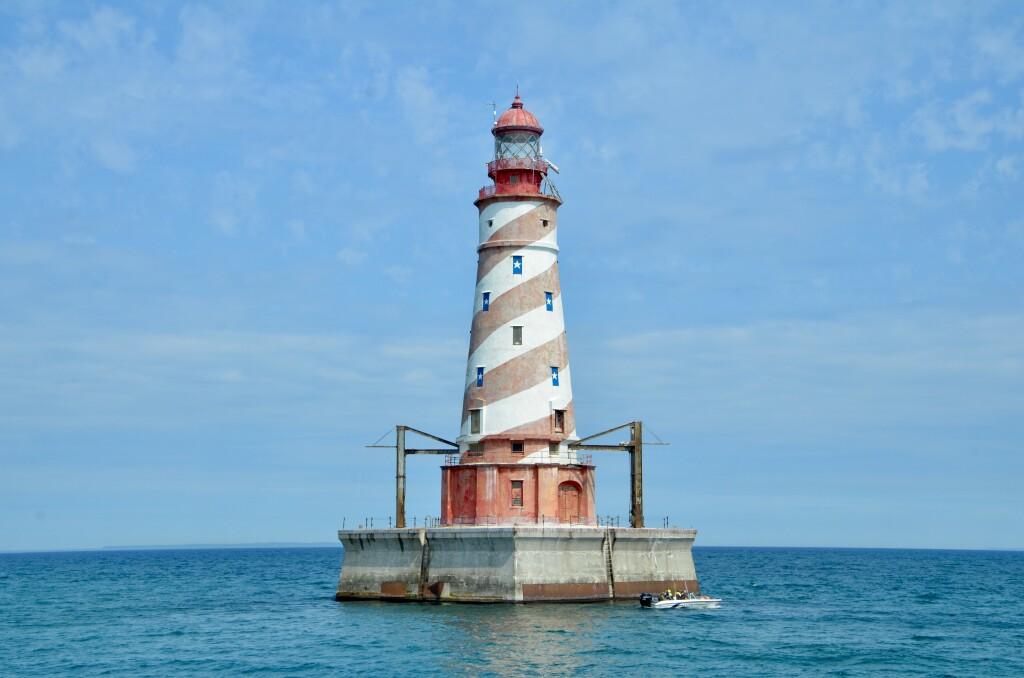 Sheplers Lighthouse Cruise 2021 White Shoal Lighthouse