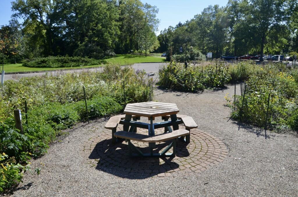 Kellogg Bird Sanctuary Michigan Front Garden